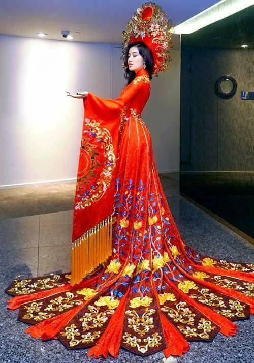 Trang phục dân tộc của Á hậu Huyền My ở Miss Grand International 2017 gây tranh cãi-2