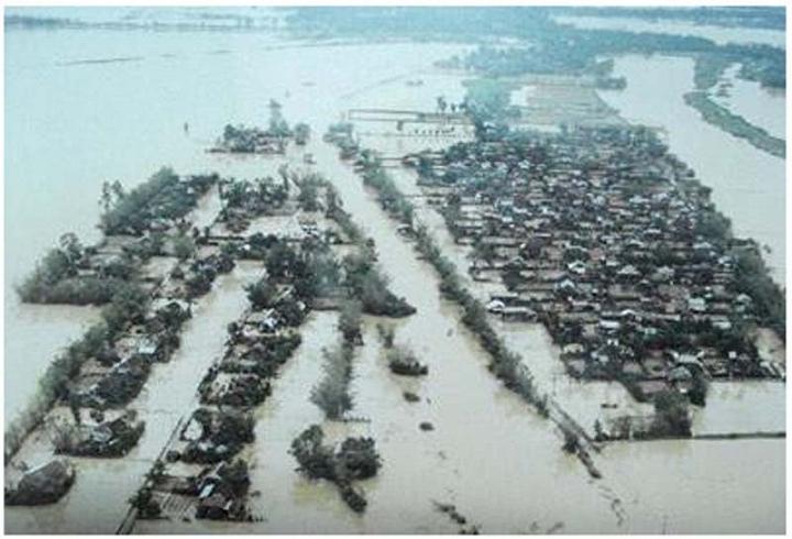Những trận đại hồng thủy trăm năm có một ở Việt Nam trong vòng 20 năm qua-2