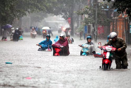 Những trận đại hồng thủy trăm năm có một ở Việt Nam trong vòng 20 năm qua-3