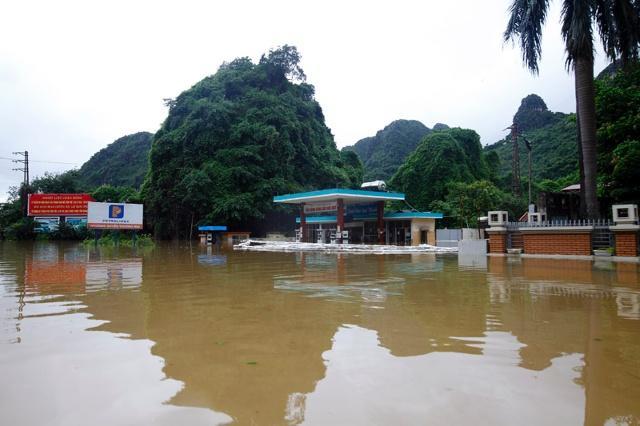 Những trận đại hồng thủy trăm năm có một ở Việt Nam trong vòng 20 năm qua-8