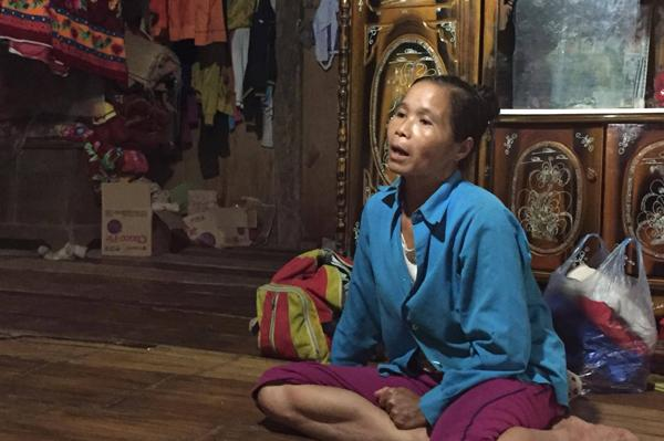 Sạt lở ở Hòa Bình: Khóc ngất kể phút đất vùi 4 người thân-2