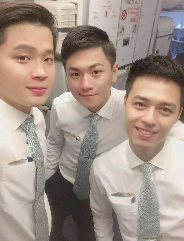 Hé lộ danh tính ba chàng soái ca hàng không sáng nhất Facebook hôm qua-1