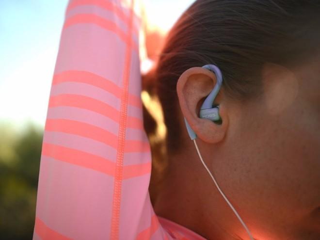 Những tai nghe tốt nhất cho người thích tập luyện thể thao-5