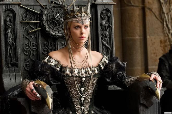 Hoàng hậu được mệnh danh là ác phụ độc dược, 3 đời chồng vẫn đẹp như đóa hồng Athens-3