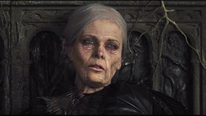 Hoàng hậu được mệnh danh là ác phụ độc dược, 3 đời chồng vẫn đẹp như đóa hồng Athens-9