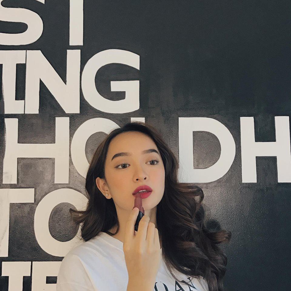 Hot girl - hot boy Việt 13/10: SunHt an ủi Chi Pu khi MV Từ hôm nay bị chê tơi tả-5