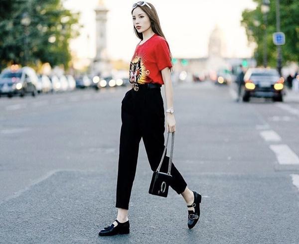 Chất đừng hỏi với phong cách street style của 3 nữ huấn luyện viên The Look-12