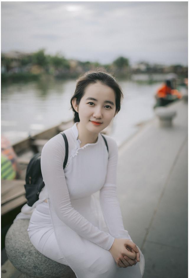 Cô gái 25 tuổi mặt mộc xinh xắn và trẻ trung như nữ sinh cấp 3-2