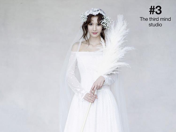 Sao Hàn 13/10: Mỹ nhân đẹp nhất thế giới làm phù dâu trong hôn lễ bạn cùng nhóm-2