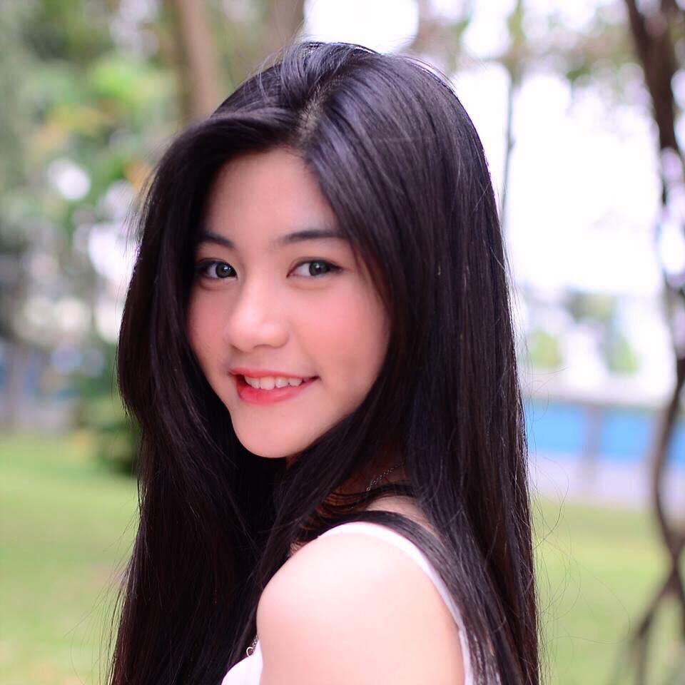 Hot girl áo dài tự tin khoe giọng hát ngọt như mía lùi khi cover hit Duyên phận-3