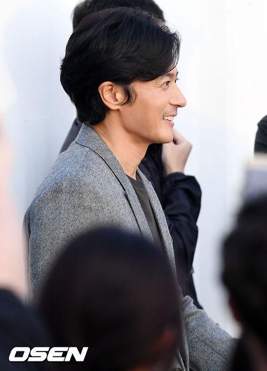 Jang Dong Gun: Tôi chưa thực sự là người chồng, người cha tốt-5