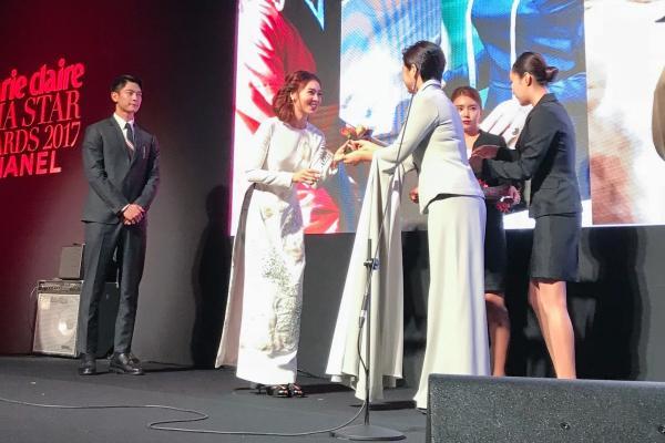 Ninh Dương Lan Ngọc đoạt Gương mặt châu Á tại LHP Busan, nhan sắc lấn át Yoona và Moon Geun Young-1