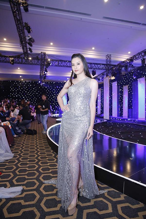 Á hậu Hoàn vũ Việt Nam 2015 Ngô Trà My hiếm hoi dự sự kiện sau khi lấy chồng đại gia-11