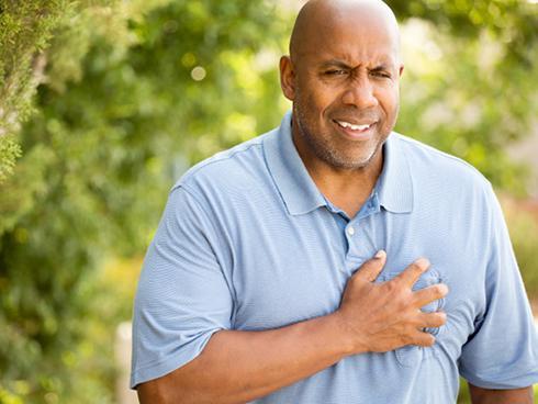 Những triệu chứng cảnh báo sức khỏe bạn đang gặp nguy hiểm