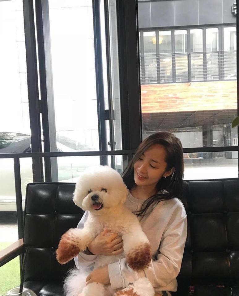 Street style sao Hàn: Suzy ngọt ngào - Lee Min Ho lịch lãm khiến fan đứng ngồi không yên-7