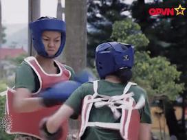 Dù chơi thân, Hương Giang Idol và Mai Ngô vẫn 'đánh đấm' quyết liệt trong quân ngũ