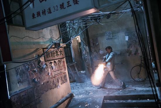 Trùm Hương Cảng: Cuộc chạm trán đẫm máu đầu tiên của Chân Tử Đan và Lưu Đức Hoa-5