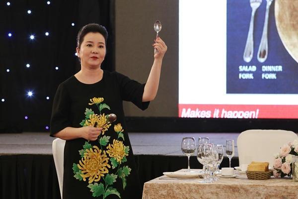 Mâu Thủy và Hoàng Thùy bất ngờ trượt top thí sinh xuất sắc nhất tập 3 Hoa hậu Hoàn vũ Việt Nam-2