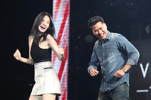 Hoài Lâm giả fan cuồng, Phillip Nguyễn nhảy sung hết nấc trong birthday concert Vũ Cát Tường-8