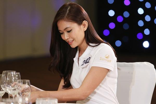 Mâu Thủy mất thế thượng phong vì liên tục vấp lỗi tại Hoa hậu Hoàn vũ Việt Nam 2017-1
