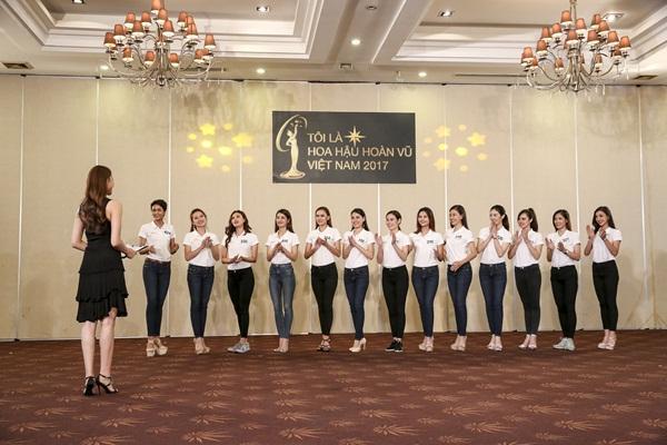 Mâu Thủy mất thế thượng phong vì liên tục vấp lỗi tại Hoa hậu Hoàn vũ Việt Nam 2017-2