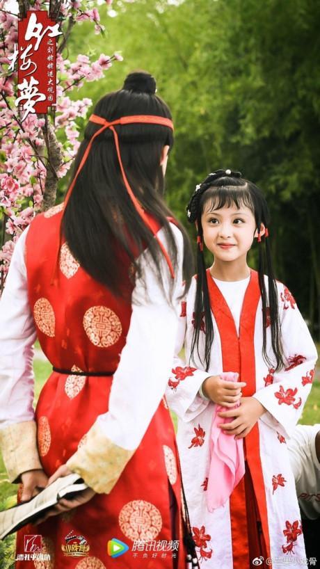 Diễn viên nhí Trung Quốc đóng cảnh yêu, chém giết: Hệ lụy lớn-2