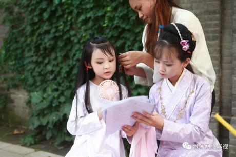 Diễn viên nhí Trung Quốc đóng cảnh yêu, chém giết: Hệ lụy lớn-4