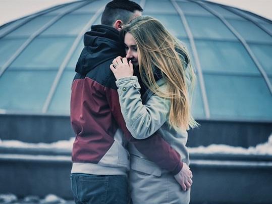 8 lý do vì sao bạn không nên thốt ra lời yêu quá sớm khi hẹn hò cùng ai đó