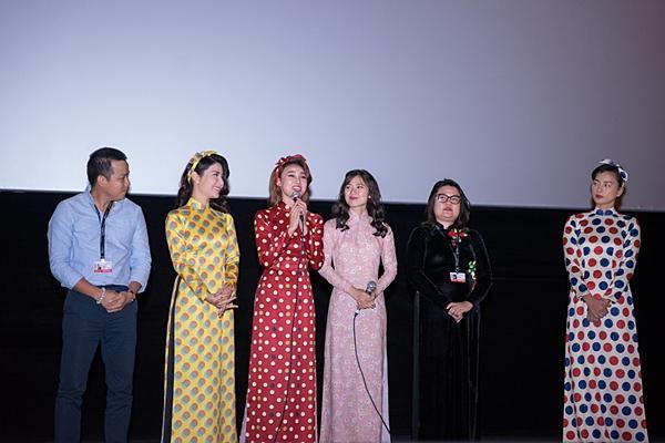Gần 1.000 khán giả quốc tế đến rạp xem suất chiếu đầu tiên của Cô Ba Sài Gòn-6