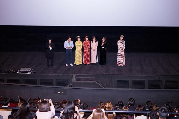 Gần 1.000 khán giả quốc tế đến rạp xem suất chiếu đầu tiên của Cô Ba Sài Gòn-7