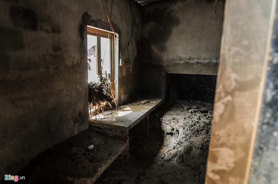 Cảnh xác xơ, tang tóc sau cơn lũ quét lịch sử ở Yên Bái-15
