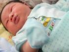 Bố bé trai chào đời nặng kỷ lục 7,1kg: 'Lúc đầu tôi không tin, phải mang con đi cân lại'