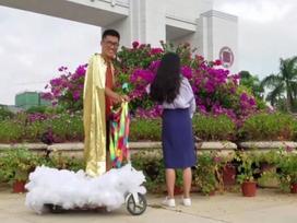 TQ: Chàng trai 'đạp gió cưỡi mây' đến tỏ tình với cô gái thầm yêu 4 năm