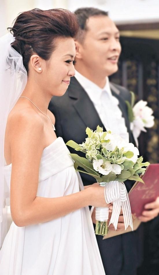 Hoa đán hàng đầu TVB sa cơ lỡ vận, đi dọn dẹp vệ sinh kiếm tiền nuôi con-7