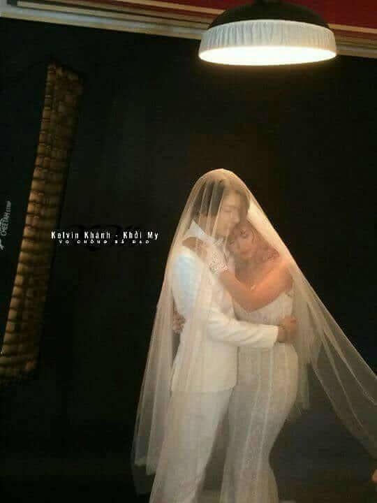 Lộ những tấm ảnh cưới đầu tiên của Khởi My và hôn phu kém 4 tuổi-2