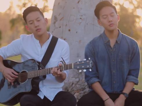 Anh em sinh đôi gốc Việt cover 'Em gái mưa' ngọt lịm gây sốt mạng xã hội