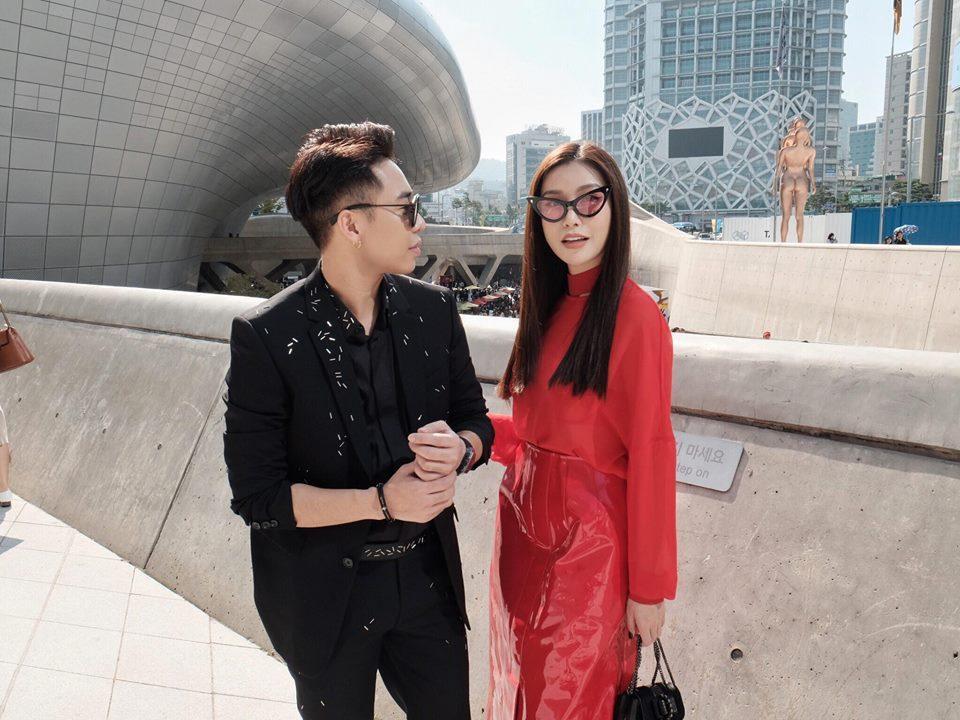 Phí Phương Anh - Hoàng Ku phá đảo Seoul Fashion Week ngày đầu xuất hiện-5