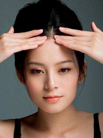 5 bài tập giảm nhăn da mặt cực dễ thực hiện-1