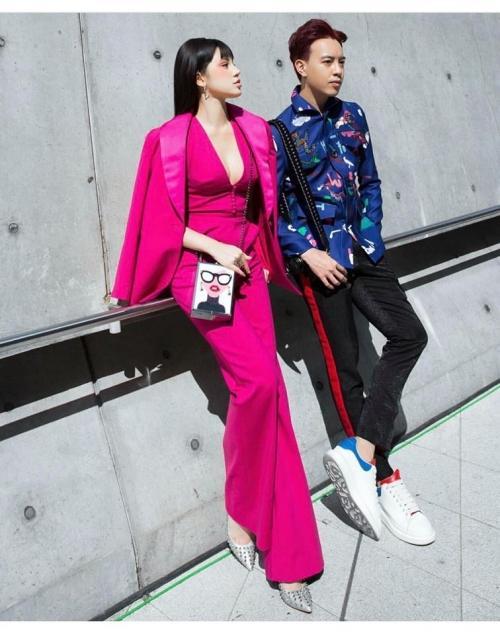 Ngày đầu Seoul Fashion Week: Tín đồ sành mốt chơi màu đơn sắc, hút vạn ánh nhìn!-2