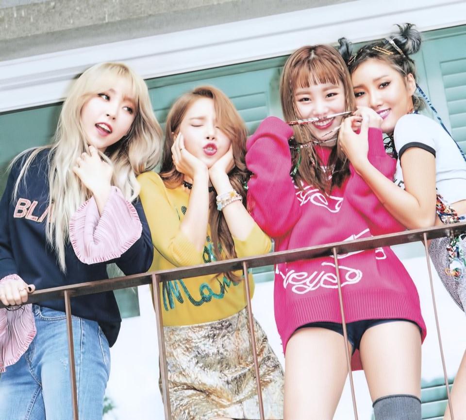 Những nhóm nhạc đàn em xứng đáng kế thừa ngôi vị của SNSD, 2NE1-10