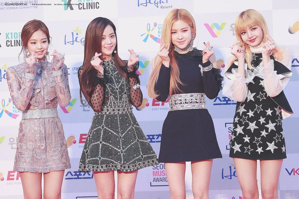 Những nhóm nhạc đàn em xứng đáng kế thừa ngôi vị của SNSD, 2NE1-4