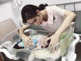 'Glee': Lộ ảnh con gái của Angela Phương Trinh và Hữu Vi