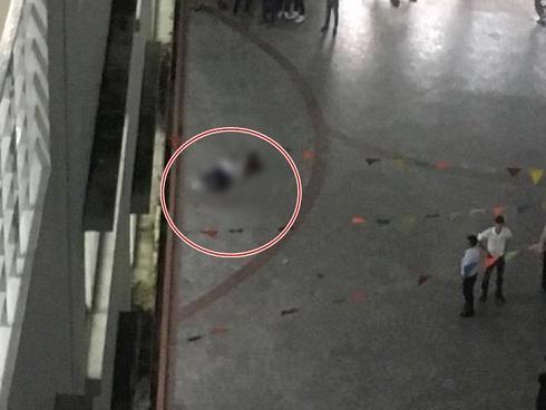 Nhân chứng vụ nam sinh viên HUTECH tử vong: Mảng bê tông bất ngờ rơi xuống, phát ra tiếng 'rầm' lớn