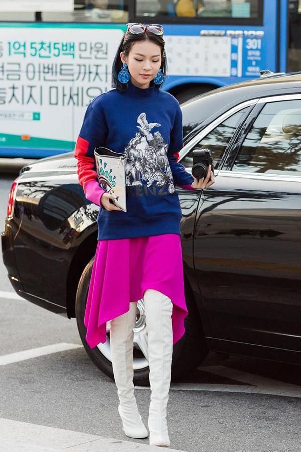 Ngày đầu ra quân, Phí Phương Anh chễm chệ trên tạp chí Vogue Pháp và Mỹ-4