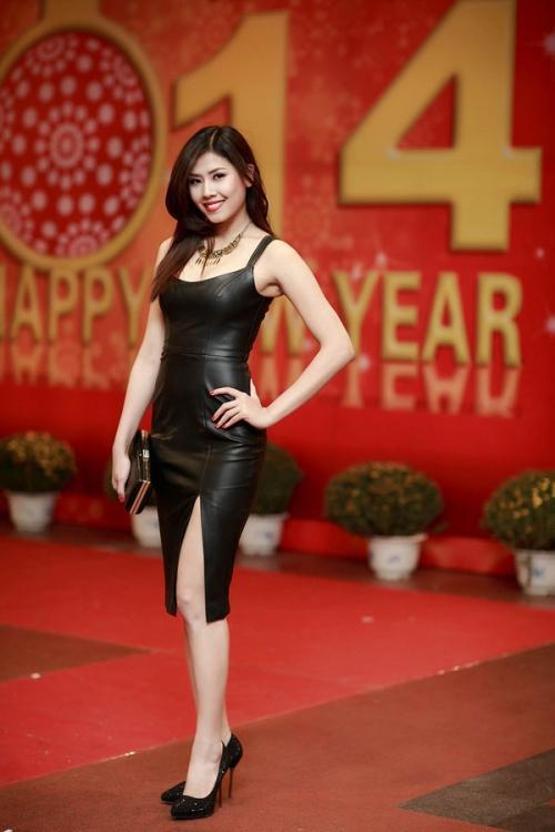 Nguyễn Thị Loan 'lên đời' gout thời trang chứng tỏ đẳng cấp đại diện Việt Nam tại Miss Universe 2017-2