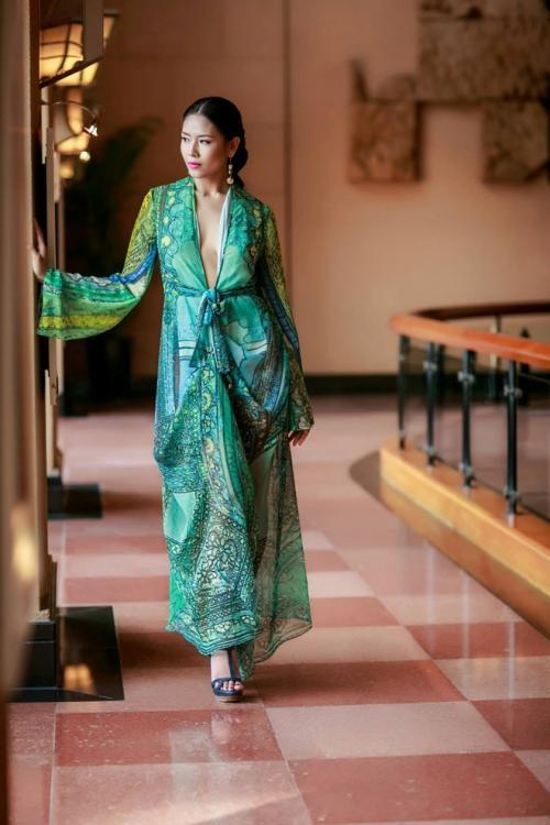 Nguyễn Thị Loan 'lên đời' gout thời trang chứng tỏ đẳng cấp đại diện Việt Nam tại Miss Universe 2017-3