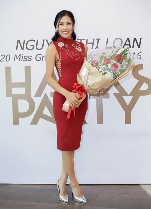 Nguyễn Thị Loan 'lên đời' gout thời trang chứng tỏ đẳng cấp đại diện Việt Nam tại Miss Universe 2017-7