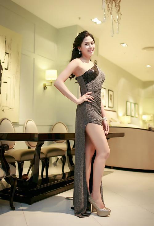 Nguyễn Thị Loan 'lên đời' gout thời trang chứng tỏ đẳng cấp đại diện Việt Nam tại Miss Universe 2017-8