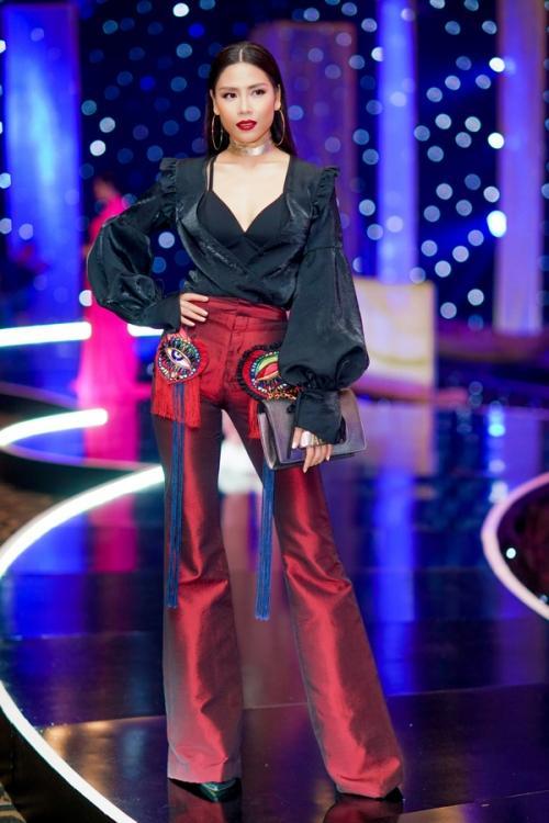 Nguyễn Thị Loan 'lên đời' gout thời trang chứng tỏ đẳng cấp đại diện Việt Nam tại Miss Universe 2017-11