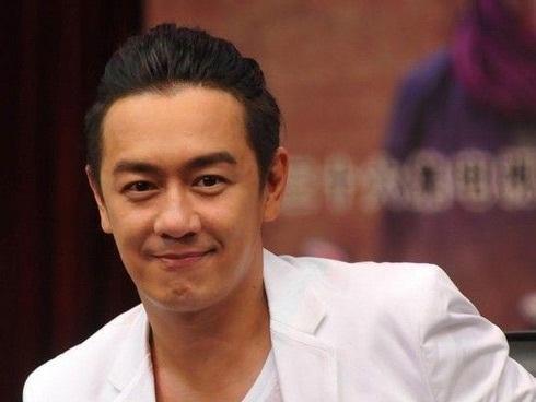 Trần Hạo Dân tố bị quỵt tiền cát sê nhưng lại hứng gạch đá từ netizen Trung